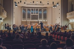 Na estradzie: Anna Kudala, Yaroslav Shemet i Orkiestra Symfoniczna Filharmonii Śląskiej