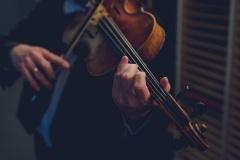 Muzyk za kulisami