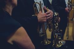 Muzycy za kulisami, zbliżenie na instrumenty