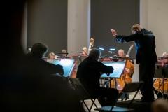 Orkiestra Symfoniczna Filharmonii Śląskiej pod batutą Szymona Bywalc