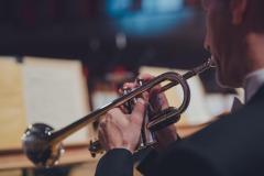 Trębacz Orkiestry Symfonicznej Filharmonii Śląskiej