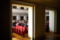 Publiczność zasiadająca na sali