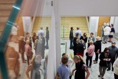 Zatłoczone foyer