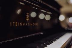 Zbliżenie na fortepian