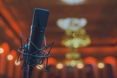 Mikrofon na sali koncertowej