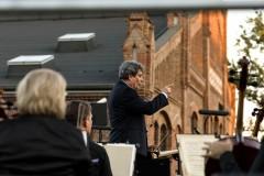 Dyrygent - Mirosław Jacek Błaszczyk z perspektywy orkiestry