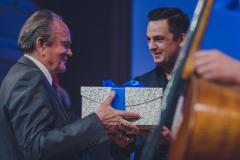 Prof. Jan Wincenty Hawel, Maciej Tomasiewicz