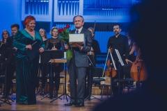prof. Jan Wincenty Hawel, Śląska Orkiestra Kameralna, Regina Gowarzewska, prowadząca koncert