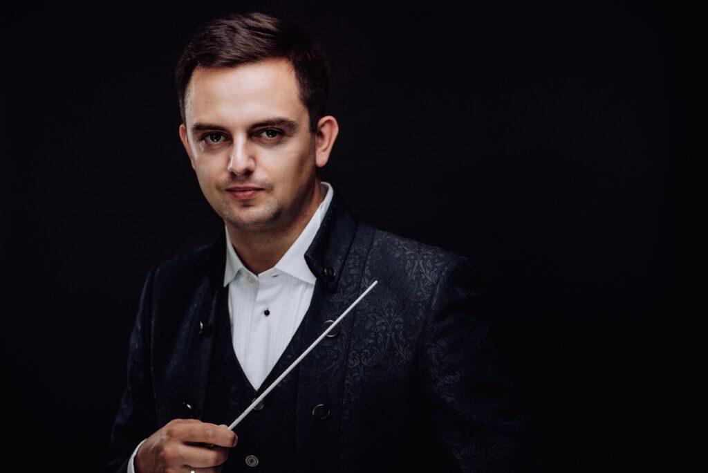 Maciej Tomasiewicz