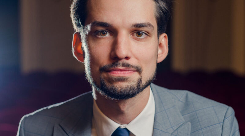 Yaroslav Shemet w sali koncertowej im. Karola Stryji